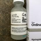 Niacinamide 10% + Zinc 1% von The Ordinary.