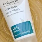 Pure Skin Face Wash von
