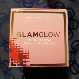 Berryglow - Probiotic Recovery Mask von Glamglow