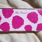 Tutti Frutti - Razzle Dazzle Berry Eyeshadow Palette von Too Faced
