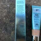 CC+ Cream Oil-Free Matte SPF 40 von