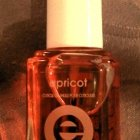 Apricot Cuticle Oil von essie