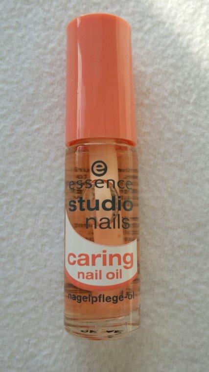 essence - studio nails