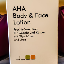 AHA Body & Face Lotion - Dermascense
