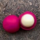 Organic Lip Balm - Wildberry von eos