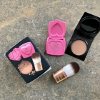 Beautifully Blushed & Bronzed - Deluxe Bronzers, Blushes & Flatbuki Brush Set von Too Faced