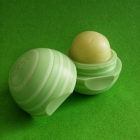 Visibly Soft Lip Balm - Cucumber Melon von eos