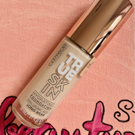 True Skin Hydration Foundation - Catrice Cosmetics