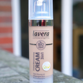 Tinted Moisturising Cream 3in1 von Lavera
